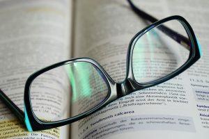 Gafas-31-VEPLUS-Limpia_lentes-Limpia_gafas-Limpia_anteeojos-Limpiar_pantallas